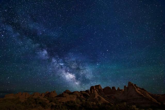 Devils Garden Milky Way (06-12-15)